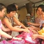 Ấm lòng với những suất ăn từ thiện cho bệnh nhân ung thư