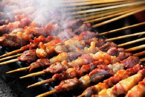 Ăn thịt xông khói có nguy cơ ung thư đại tràng
