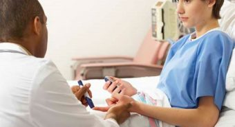 Tiểu đường có dẫn đến nguy cơ ung thư đại tràng?