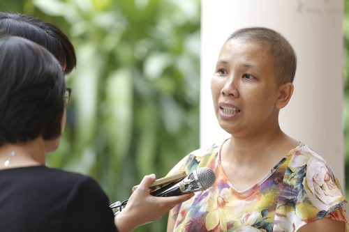 Chị Cẩm mắc bệnh ung thư vú nhưng chị vẫn lan tỏa khát vọng sống
