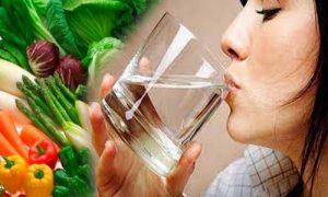 Tăng cường rau xanh, uống nhiều nước để bệnh trĩ không tái phát