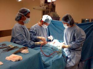 Ca phẫu thuật bướu giáp trong lồng ngực