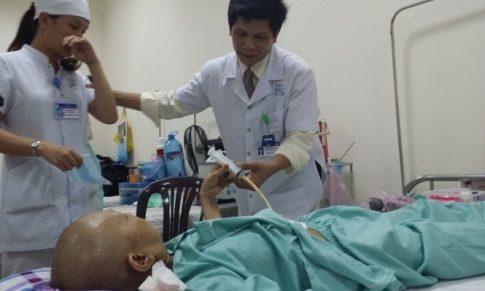 Chăm sóc bệnh nhân bị ung thư bằng các cách nào?