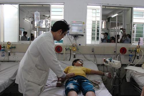 Bác sĩ chẩn đoán sốt xuất huyết
