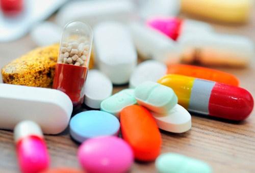 thuốc hỗ trợ điều trị ung thư với giá thành hợp lý sẽ giúp giảm bớt gánh nặng kinh tế cho bệnh nhân ung thư
