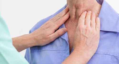 Một trong những dấu hiệu cảnh báo ung thư vòm họng là nổi hạch