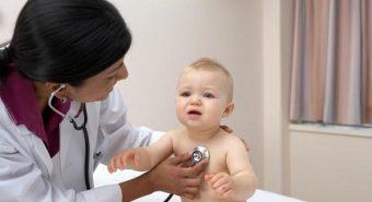 Dấu hiệu nhận biết trẻ bị bệnh viêm phổi