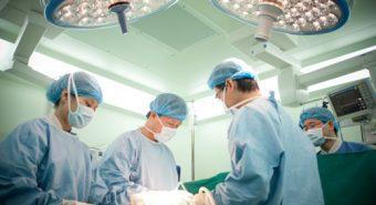 Điều trị ung thư khí quản bằng phương pháp cấy ghép khí quản nhân tạo