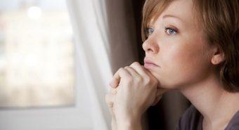 Huyết đen có phải dấu hiệu của ung thư cổ tử cung?