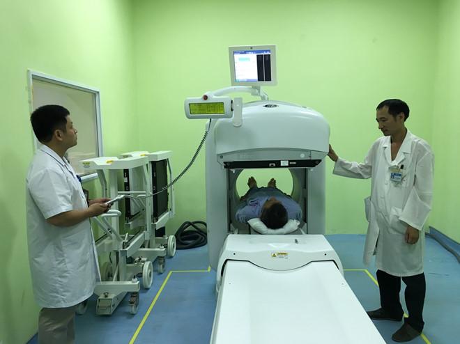 Máy chẩn đoán và điều trị ung thư tiên tiến nhất ở bệnh viện K