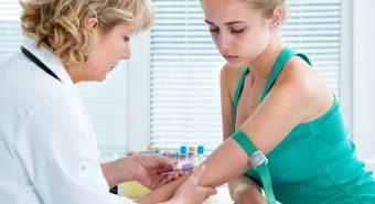 Kiểm tra máu để phát hiện ung thư buồng trứng giai đoạn đầu
