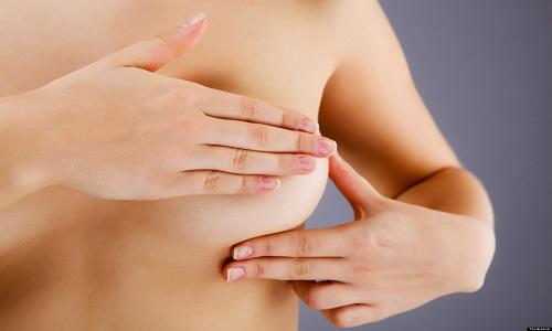 Làm sao để phát hiện ung thư vú?