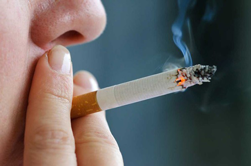 Hút thuốc lá - nguyên nhân hàng đầu gây ung thư vòm họng
