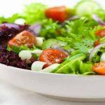 Người bị ung thư nên ăn những loại thực phẩm gì để chống lại bệnh?