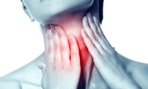 Đau họng, khó nuốt có thể là triệu chứng của bệnh ung thư lưỡi
