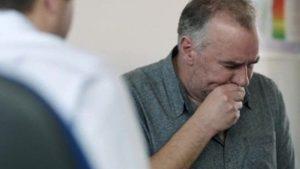 Người lớn tuổi thường dễ mắc bệnh viêm phổi khi thời tiết thay đổiNgười lớn tuổi thường dễ mắc bệnh viêm phổi khi thời tiết thay đổi