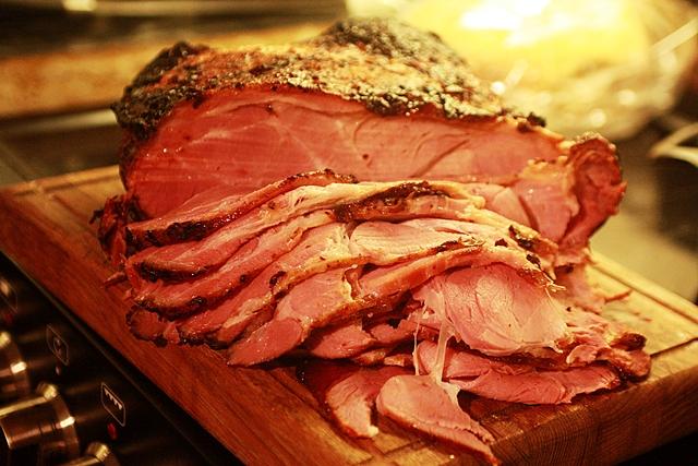 Thịt hun khói có làm tăng nguy cơ mắc bệnh ung thư bàng quang?