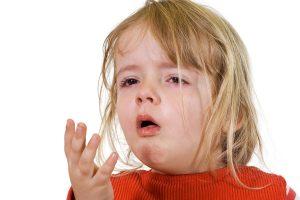 Dấu hiệu viêm phổi ở trẻ thường dễ nhận biết, vì vậy cha mẹ nên hết sức lưu ý