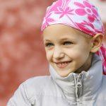 Cái kết bất ngờ của bà mẹ từ chối hóa trị ung thư máu cho con