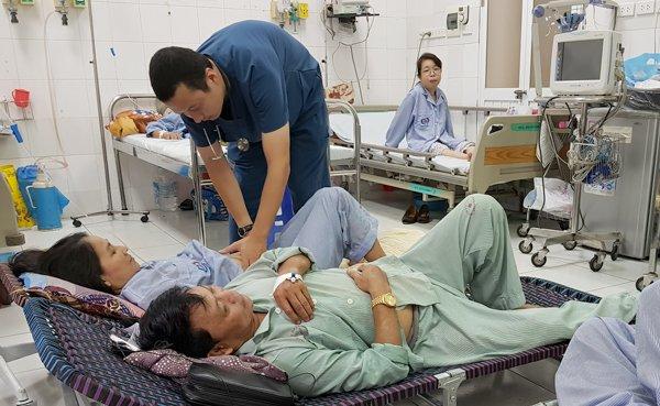 bệnh nhân sốt xuất huyết