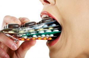 Lạm dụng thuốc là nguyên nhân gây đau đầu