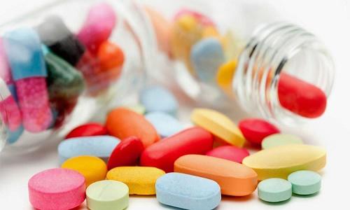 Sử dụng thuốc điều trị trào ngược dạ dày theo chỉ định của bác sĩ