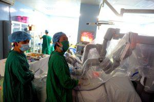 robot phẫu thuật ung thư