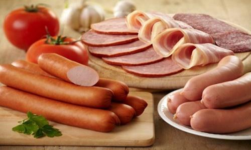 Ăn nhiều thịt chế biến sẵn có nguy cơ mắc bệnh ung thư