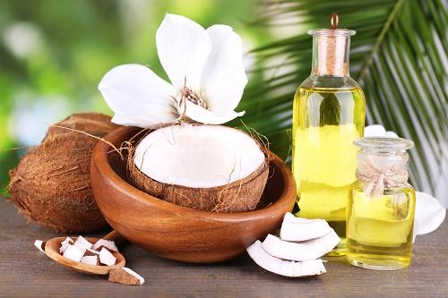 Ngoài công dụng làm đẹp, nhóm nghiên cứu của Úc đã phát hiện dầu dừa có thể hỗ trợ điều trị ung thư thực quản hiệu quả